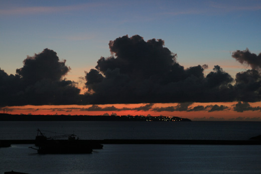 伊良部島に沈む夕日